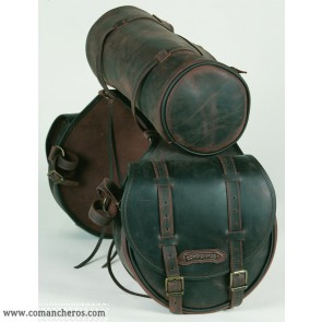 Mittlere satteltasche für hinten mit Rolltasche aus Leder