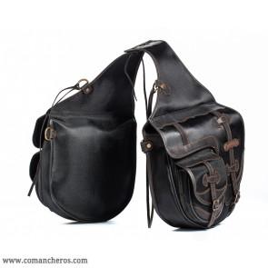 Satteltaschen für den Reitsport mit kleinen Taschen